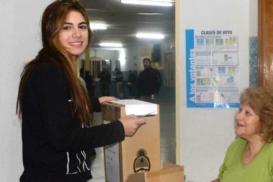 Yoelijovotar Una Campana Para Fortalecer El Voto De Los Jovenes